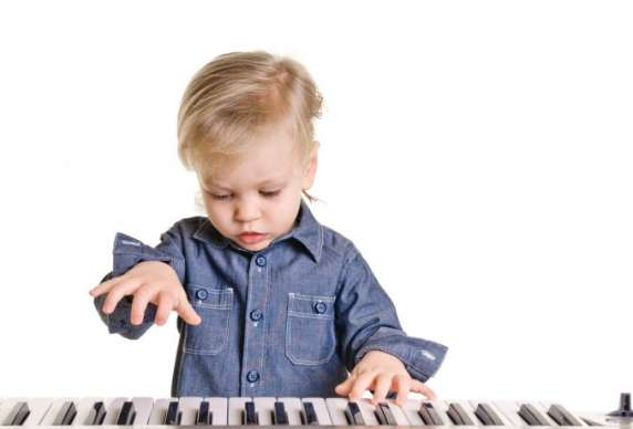 pianoboy-818x460